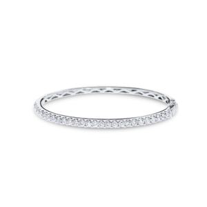 18ct white gold bangle